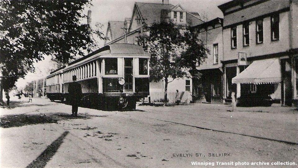 Electric Interurban streetcars on Eveline Street in Selkirk (Winnipeg Transit photo archive)